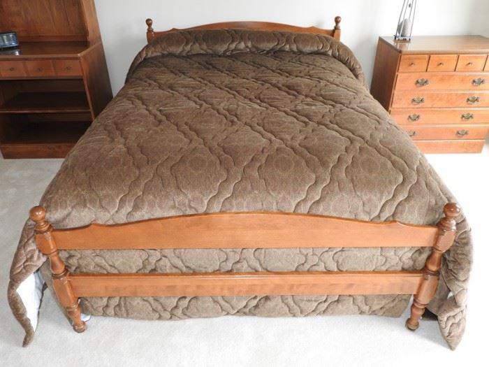 Ethan Allan Nutmeg Full Size Bed