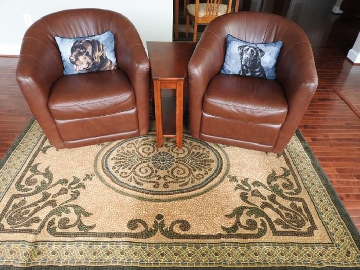 Leather Chairs Rug End Table ML