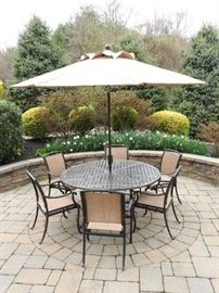 Patio 6 Chair Dining Set With Umbrella
