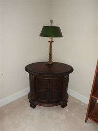 TS Berry Endtable