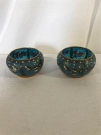 2 Cloissainne bowls. Blue, white, pink flower design. https://ctbids.com/#!/description/share/137302