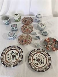 Various decorative items. Asian themed. https://ctbids.com/#!/description/share/137310
