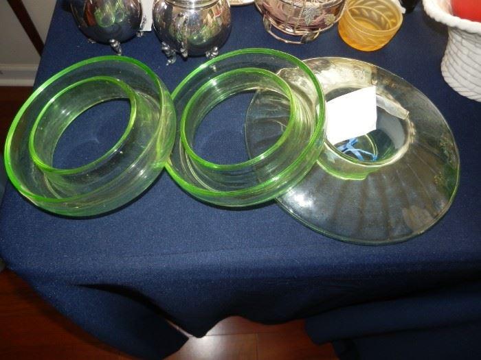 GREEN GLASS POSY RINGS