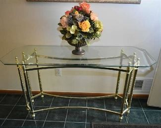 GLASS/BRASS ENTRY/SOFA TABLE
