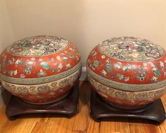 Pair vintage Chinese porcelain covered pots