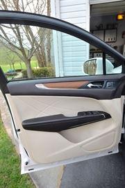 2015 MKC Lincoln  35,000 miles