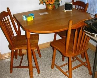 drop side maple table and chairs  BUY IT NOW  $ 135.00