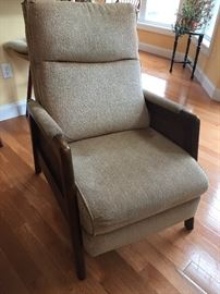 Nice mid century style small recliner