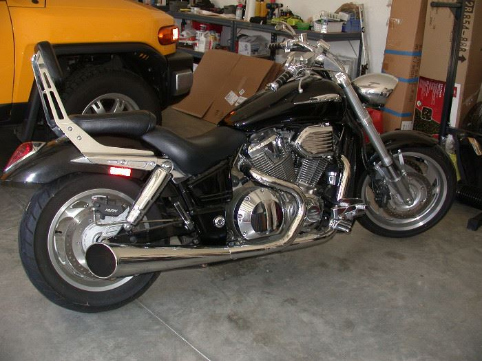 2001 Honda motorcycle with 1962 miles.
