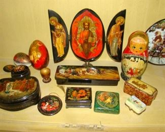 Group of Russian lacquer items including boxes, tray boxes, icons, eggs