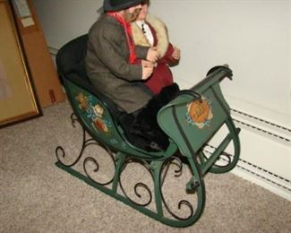 rosmaling sled and doll couple