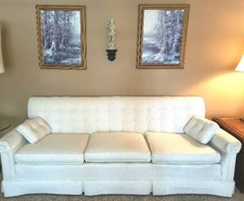 Sofa is perfectly clean.  Owner took great care of everything.