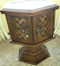 """Matching """"pedestal"""" end table"""