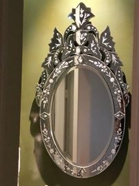 Venetian style etched accent mirror