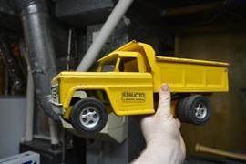 Vintage Structo Dump Truck