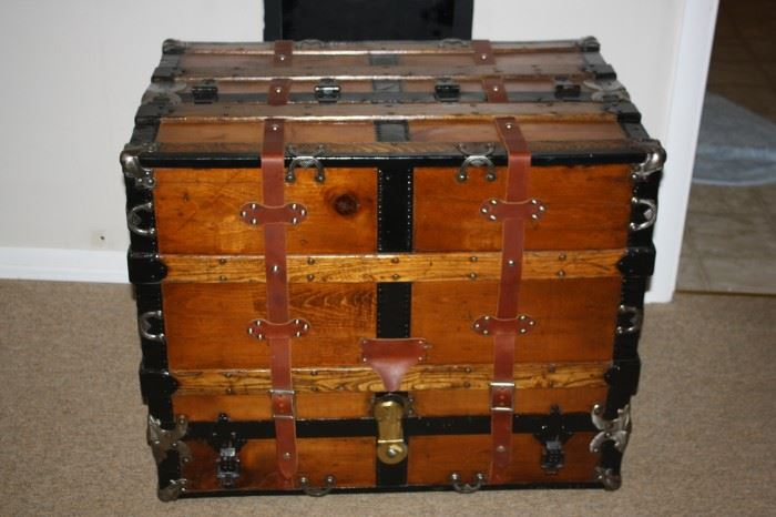 Very Cool Wardrobe Steamer Trunk Travel Chest.  Hard to find