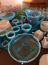 Lovely vintage turquoise pitcher, tumblers, serving bowls.