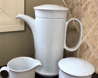 MCM Style tea/coffee, sugar and cream