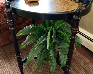 Removable painted tray top table
