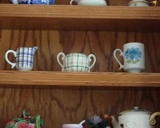 ASSORTED POTTERY