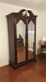 Double door armoire
