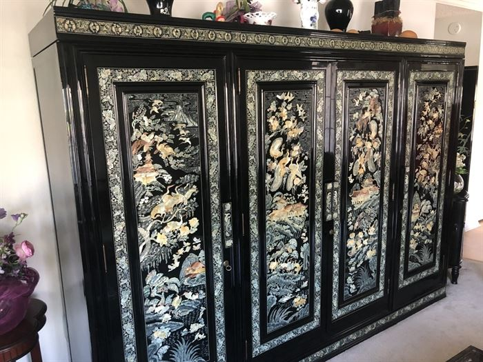 https://www.grasons.com/wp-content/uploads/2019/04/Black-Lacquer-Pearl-Inlay-Wardrobe-Cabinet-.jpg
