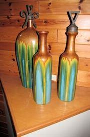 x three vases