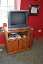 Entertainment Unit, Television
