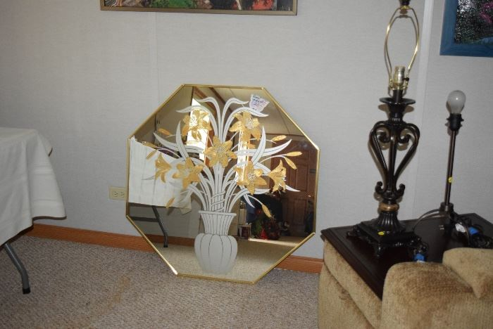 Decorative Mirror & Lamps