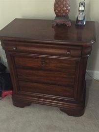 Pair Night Stands