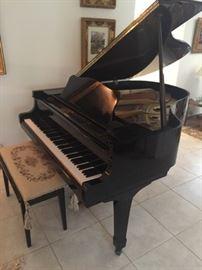"Yamaha G2, Baby Grand Player Piano 5'7"", Polished Ebony Finish.  Pristine Condition     Value $20k+"