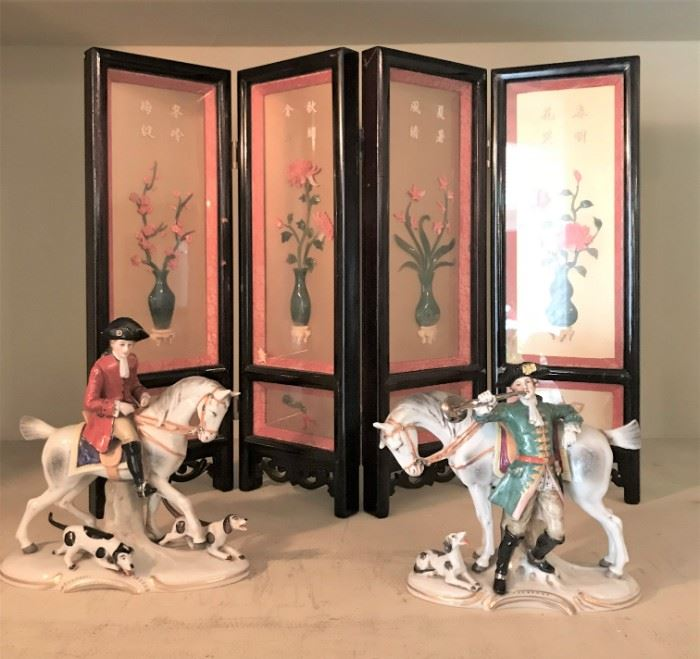 Chinese Table Screen, pictured with 2 European Porcelain Figurines