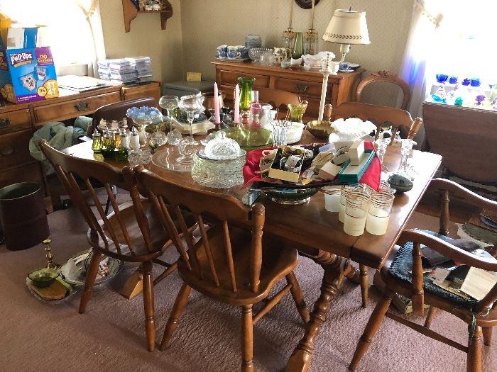 Dining room filled