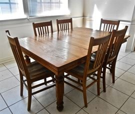 Antique Dining Room Set w/Leaves