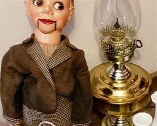 charlie mccarthy ventriloquist dummy