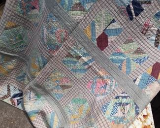 The real thing! Assorted vintage handmade quilts. Many sizes.  These wil go fast, they are in very good condition for the age!