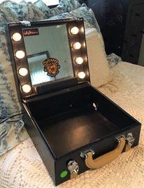 Lighted Make Up Artist Case