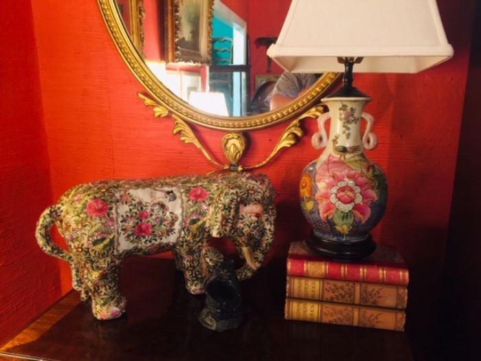 Famille Rose Elephant