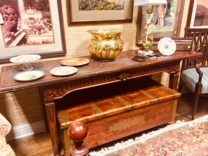Fabulous Flip Top Console Table ( Makes and Large Dinning Table)