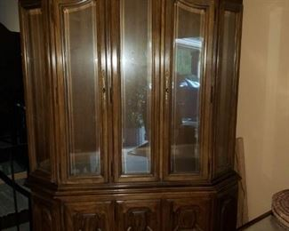 Nice china cabinet with lights and two glass shelves