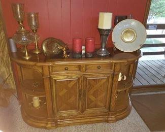 Nice oak cabinet