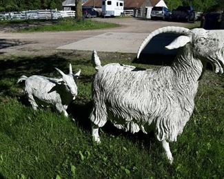 Fabulous goat and kid yard art, one horn needs to repaired