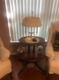Wood 2 tier table