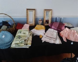 Placemats, knitted hat and housewares