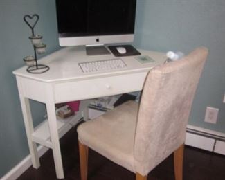 Corner Computer/Writing Desk