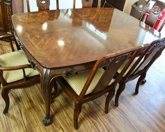 MING TREASURE DINING ROOM TABLE SET BY DREXEL HERITAGE