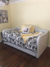 Leather Day Bed with Trundle Bed