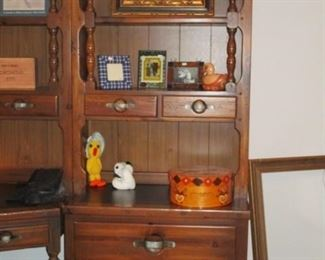 SHIP AHOY NAUTICAL KNOTTED WOOD HUTCH (PART OF BEDROOM SET)