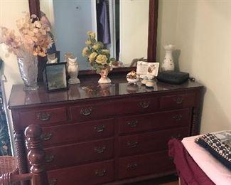 Willett dresser