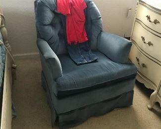 Nice vintage upholstered side chair